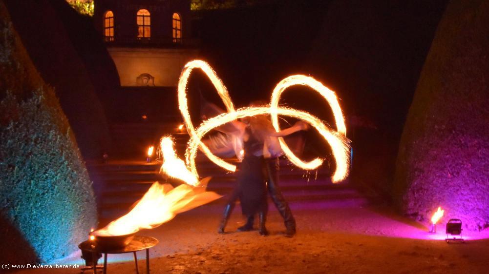 Feuertanz Dresden - anmutig & romantisch & spektakulär in Dresden